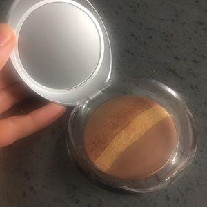 Pupa Illuminating Blush-powder